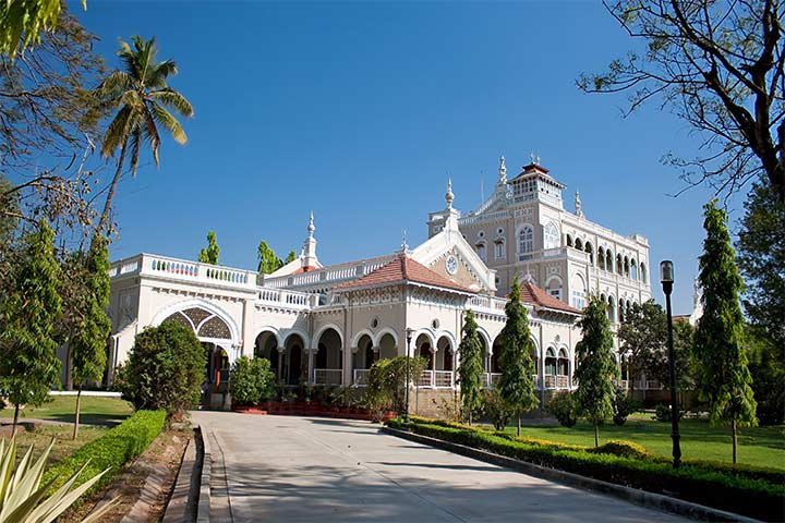 Aga Khan Palace Pictures - Pune Historical Place