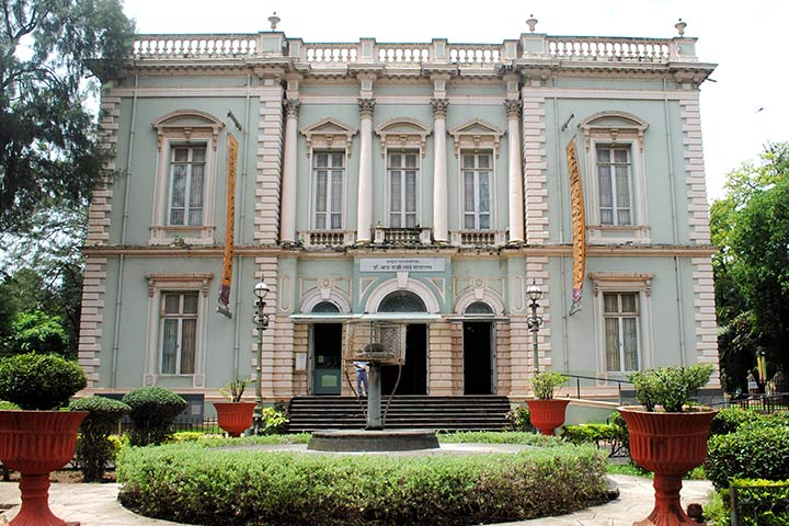 Places To Visit In Mumbai For Kids - Dr. Bhau Daji Lad Mumbai City Museum