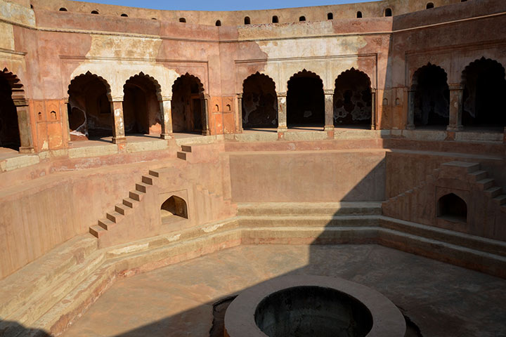 Farrukh Nagar Fort History And Pictures