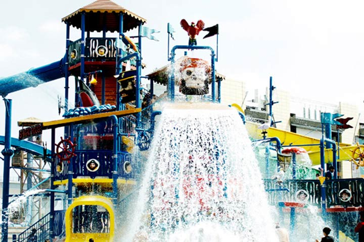Oysters Water Park Gurgaon Images