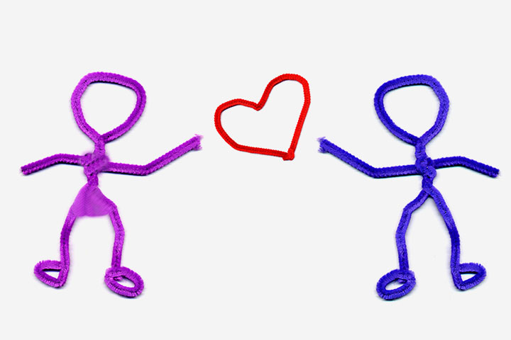 Pipe Cleaner Humans With Love Heart