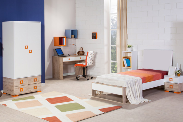 Spacious Kids Room