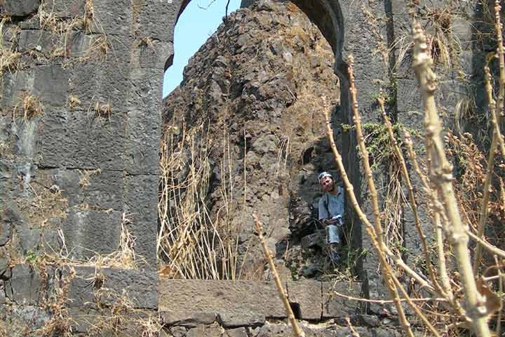 Tung Fort Pictures - Historical Place In Pune