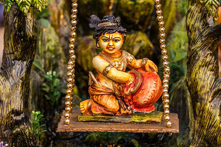 Janmashtami Activities For Kids - Clay Idol Of Lord Krishna