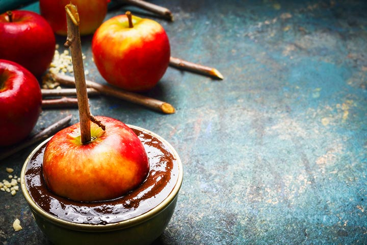 Easy Dessert Recipes For Teens - Drizzled Chocolate Apple