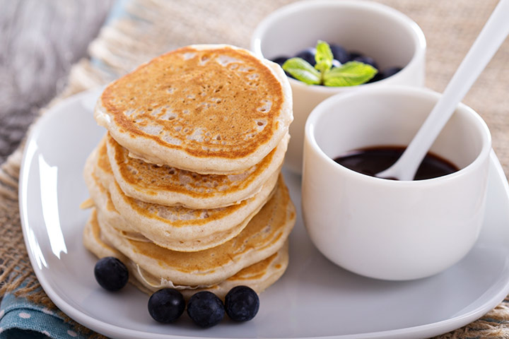 Lunch Box Recipes For Kids  - Eggless Pancakes