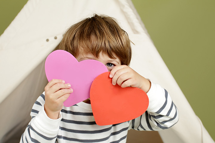 Valentine's Day Activities For Preschoolers - Heart Mobile