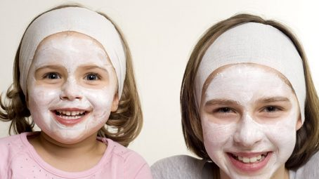How To Make A Homemade Face Mask For Your Kid