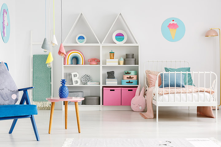 Modern baby girl room idea