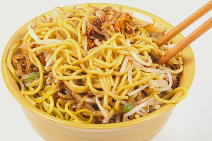 Lunch Box Recipes For Kids - Peanut Butter Noodles