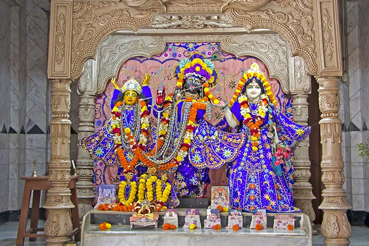 Janmashtami Activities For Kids - Plan A Visit To ISKCON Temple