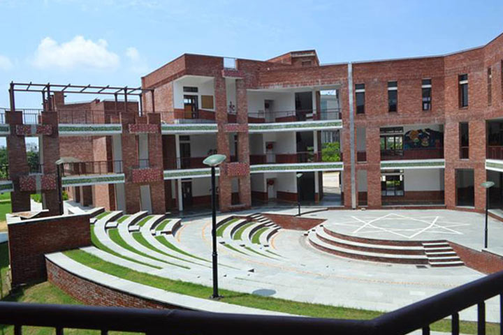 Schools In Gurgaon - Shikshantar School