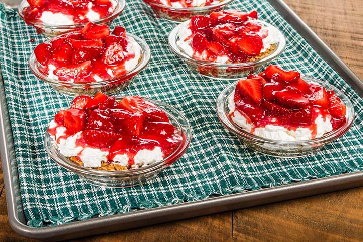 Easy Dessert Recipes For Teens - Strawberry Icebox Cake