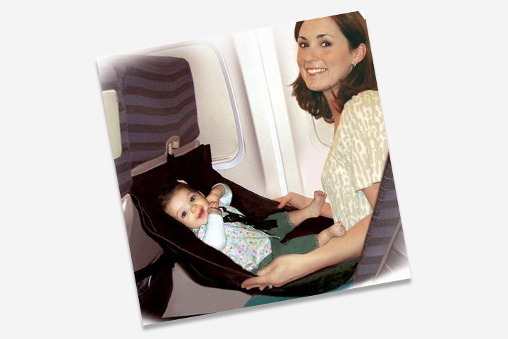 This hammock style airline baby seater is awesome for air travels