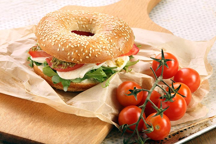 Lunch Box Recipes For Kids  - Vegetable Bagel Sandwich