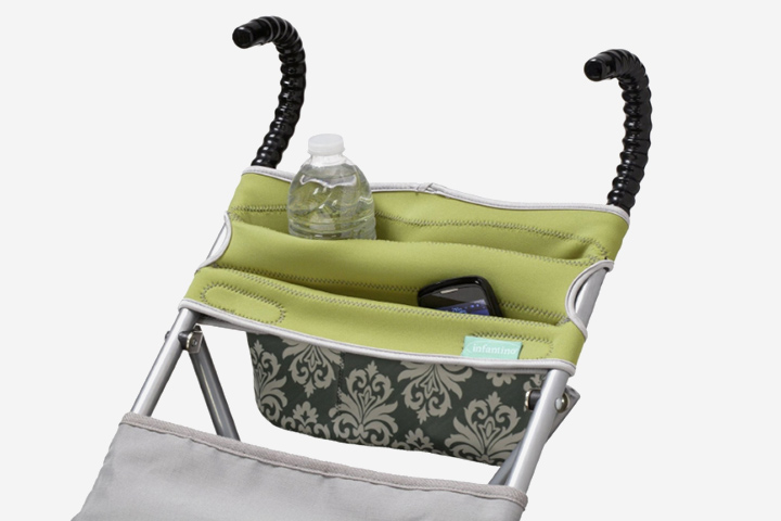 You don't have to worry about carrying a purse while you shop with your baby