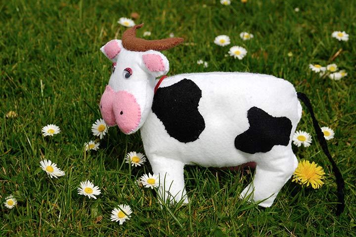 Cow Crafts - Felt Cow Craft