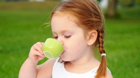 Is It Safe For Your Kid To Drink Tea