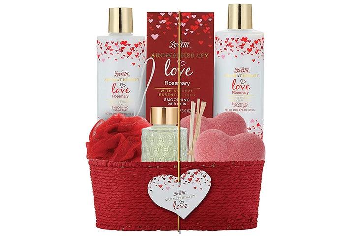 LovesteeSpa Gift Basket