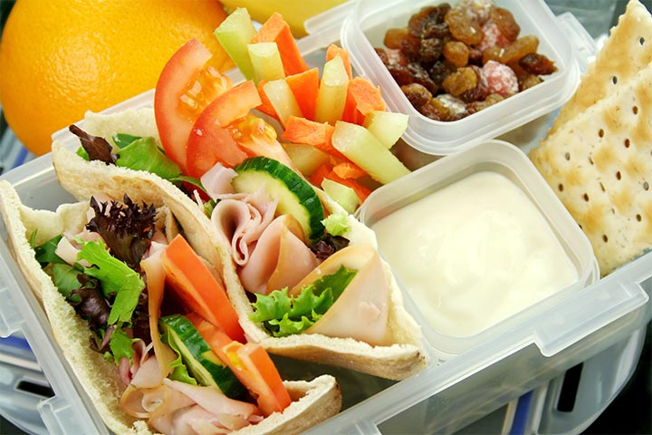 Bento Box Lunch Ideas For Kids - Pita Bread, Meat, And Salad Bento Box