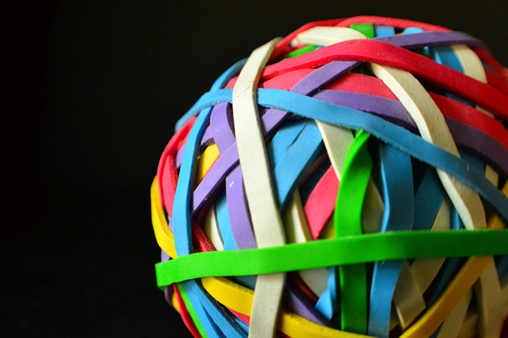 Rainbow Crafts For Kids - Rainbow Rubber Band Ball