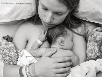 14 Raw Birthing Photos That Will Make You Salute Mothers [NSFW]