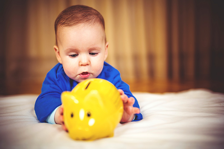 Ways You Can Welcome Your Baby On A Small Budget