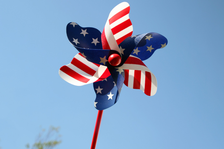 Veterans Day Crafts - Patriotic Pinwheel