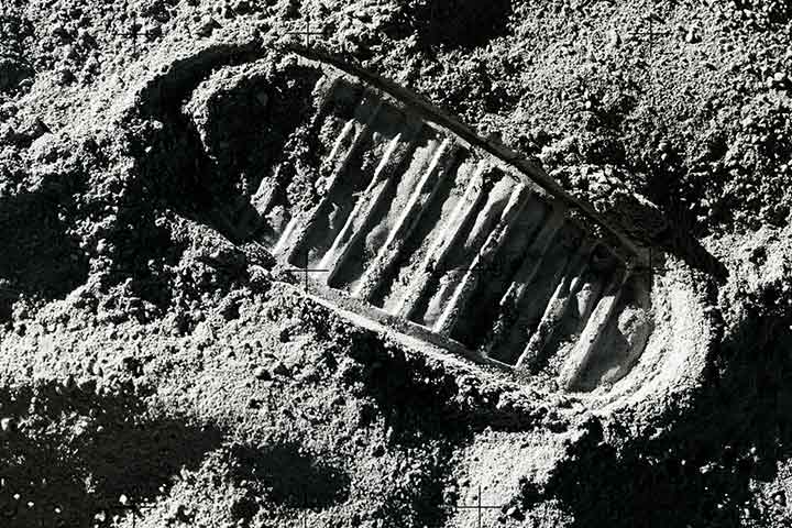 footprints of Armstrong