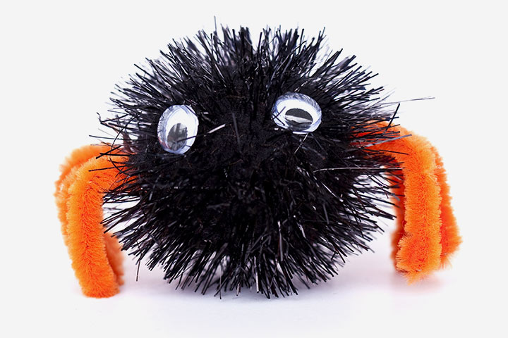 Spider Craft - Pompom Spider Craft