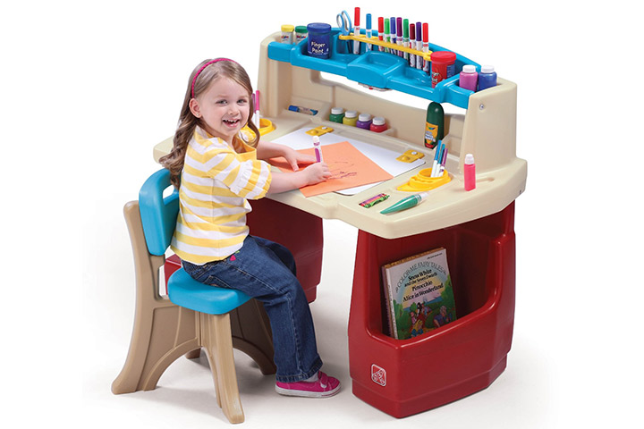 17 Step2 Deluxe Art Master Desk With Chair