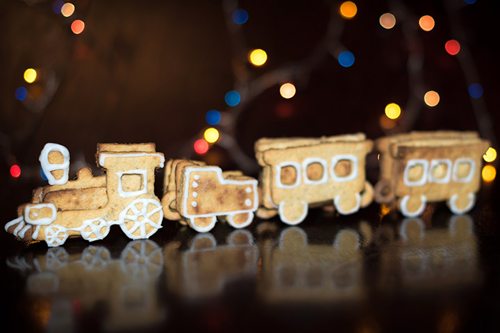 Ginger Bread And Cookies Train Craft