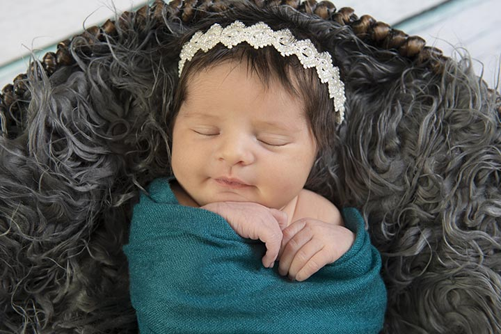85 Popular Vowel Baby Names For Boys And Girls