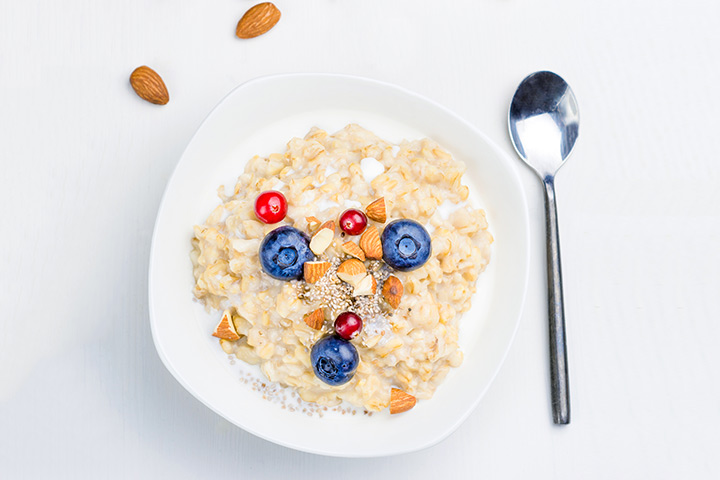 Chia Seeds For Kids - Oatmeal with Chia Seeds