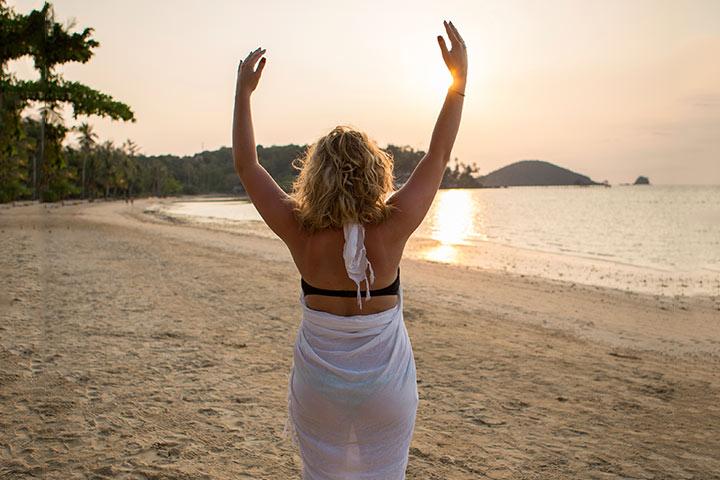 Pregnancy Yoga - The Palm Tree Pose Or Tadasan