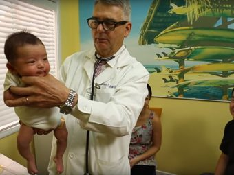 It's Amazing How This Doctor Calms Down A Baby