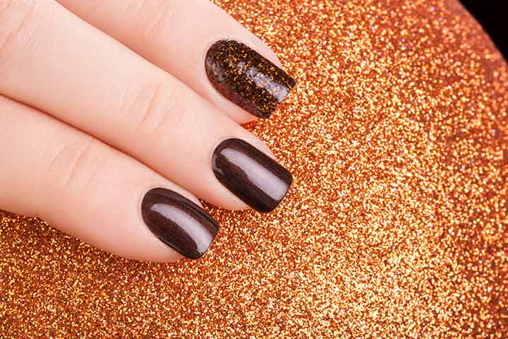 Glittery Nail Art: - 8 Spectacular Nail Art Designs For Teens