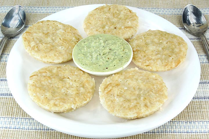 23 tasty and healthy indian breakfast recipes for kids 1 oats idly forumfinder Images