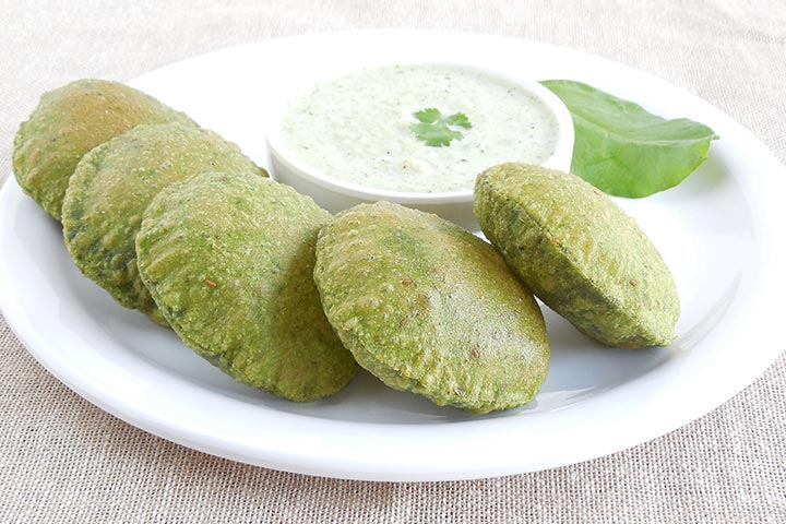 Palak (Spinach) Poori