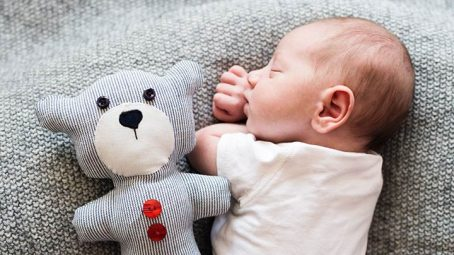 7 Helpful Tips To Prevent Flat Head In Babies
