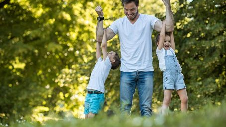 How To Be A Good Father His Qualities And Involvement