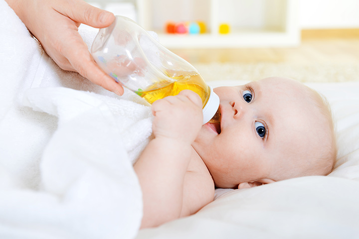 Is It Safe To Give Fruit Juices To Babies Below One