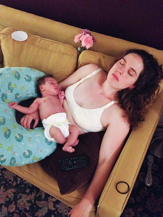 The calm in this adorable photo of the baby and the mother passed out