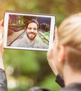 Long Distance Relationships Problems And Tips To Survive
