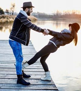 Trust-In-Relationship-Why-Is-It-Important-And-How-To-Build-It