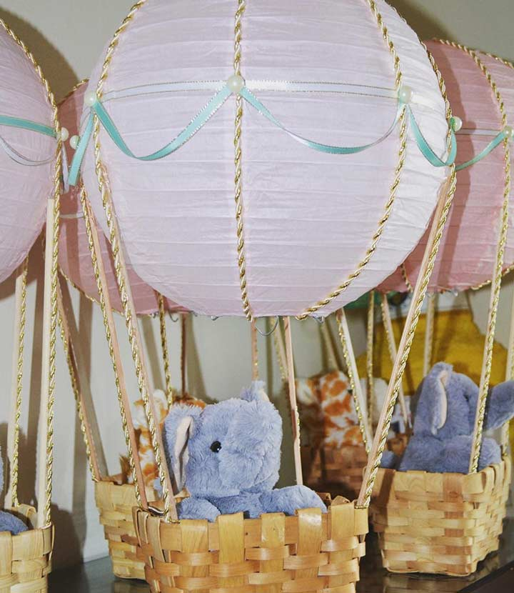 Disney Dumbo party centerpiece