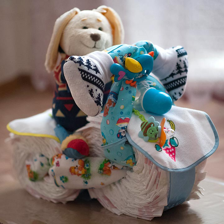 Motorcycle diaper centerpiece