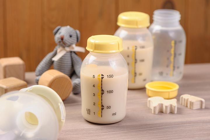 Genetic-Material-In-Breast-Milk-–-3-Interesting-Facts