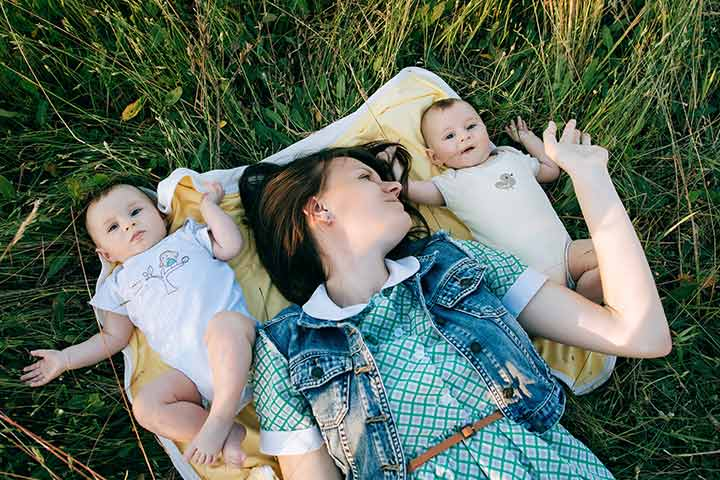 5 Ways Pregnancy Is Different With Twins