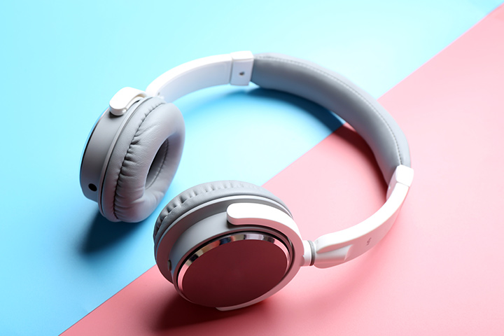 Chic wireless headphones